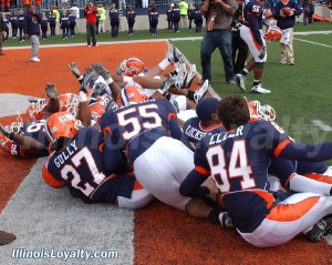 illinois-football-ball-st-757